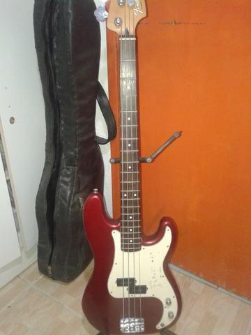 Contrabaixo Fender Precision mexicano - Foto 5