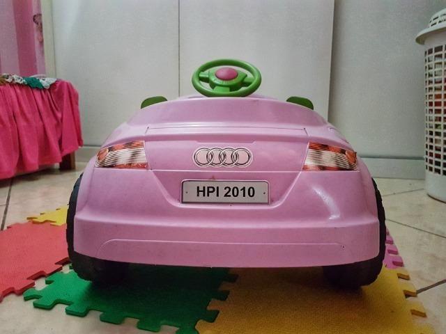 Carrinho a pedal infantil Audi TT rosa - Momeplay (usado em muito bom estado) - Foto 3