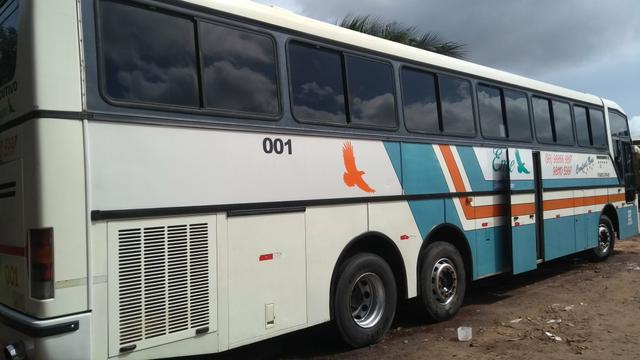 Ônibus busscar Mercedes Benz 0400, trucado