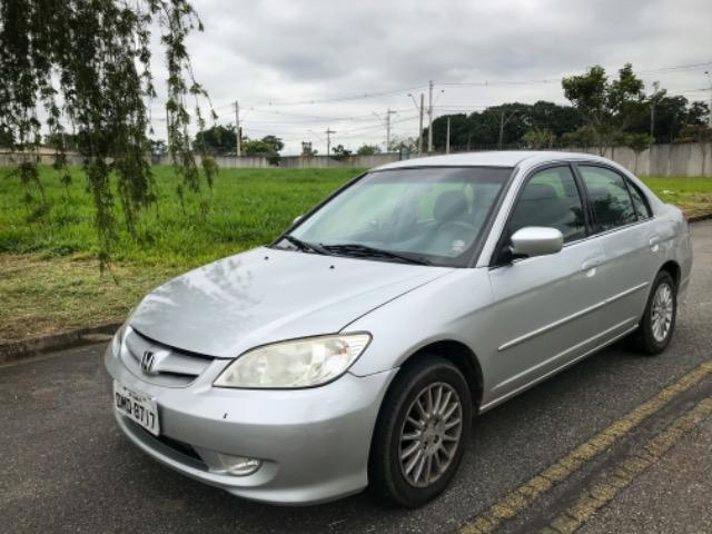 Honda Civic 2005 - Automático