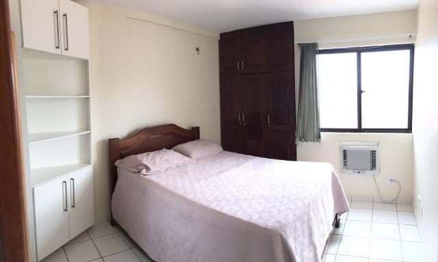 Alugo Apartamento Mobiliado na Av. Litoranea