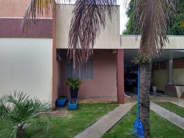 2 casas no mesmo terreno no Castelândia. Ideal para renda residual! - Foto 2