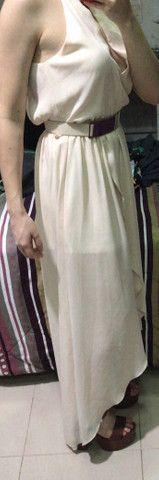 Vestido fluido longo com fenda  - Foto 2