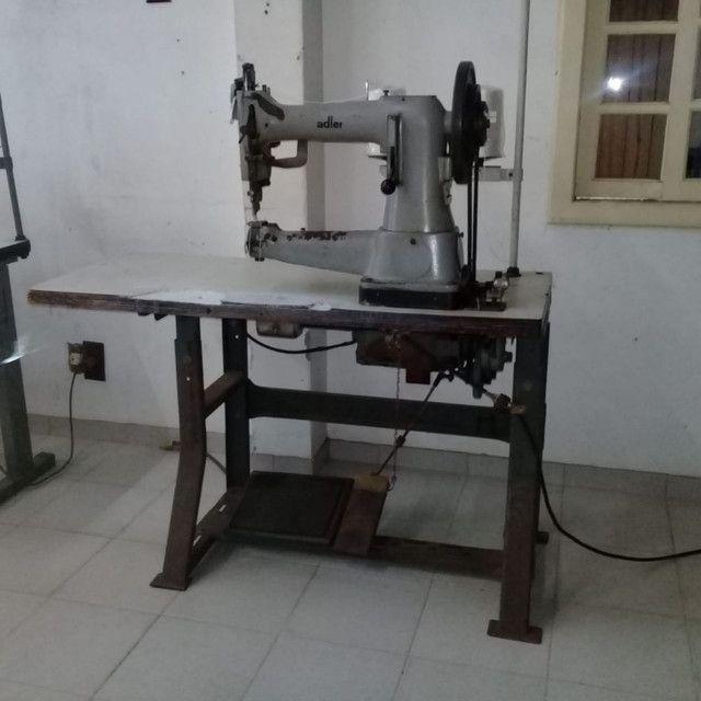 Máquinas de selaria , costura de cortar tiras e de carimbar couro