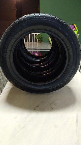 Jogo de pneus Goodyear Assurance 195-60-16 - Foto 6