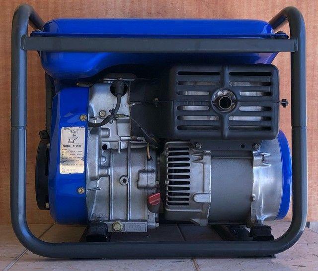 Gerador de energia Yamaha EF2500 Motor 4 tempos - Foto 4