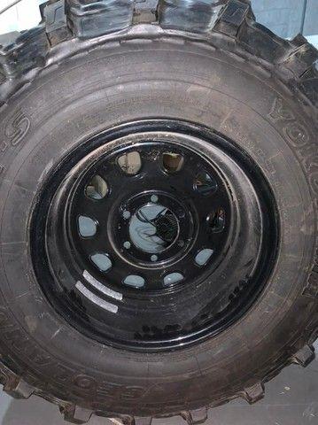 pneu rodas  para jeep willys trilha troller  - Foto 3