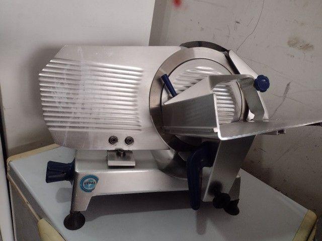 Fatiador de frios gural lâmina 33 semi automático - Foto 2