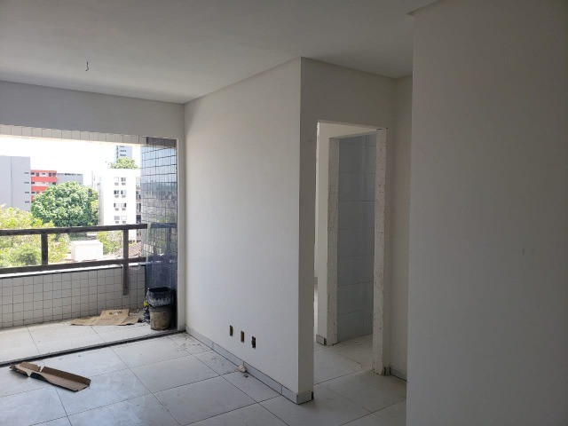 EK   Confira apto - Edf. Moisés Rodrigues - 02 quartos (2 Suíte) + Varanda - Foto 18