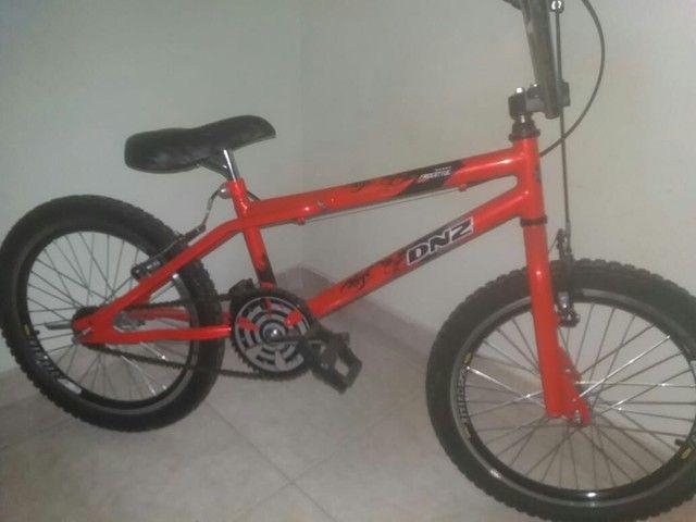 Bicicleta closs nova