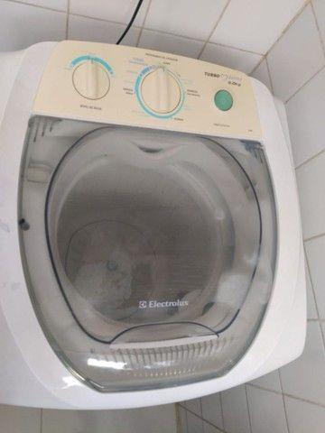 Vendo Mesa de Escritório, Freezer e Máquina de lavar roupas - Foto 6