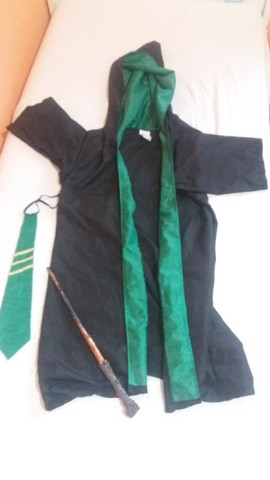 Kit Fantasia Harry Potter Sonserina pouco uso