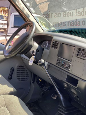 Caminhao ford f 350 chassi - Foto 9