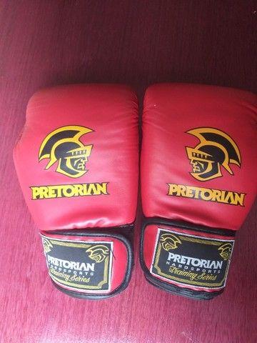 Luva Muay Thai Boxe Pretorian - Vermelho E Preto Como Nova - Foto 4