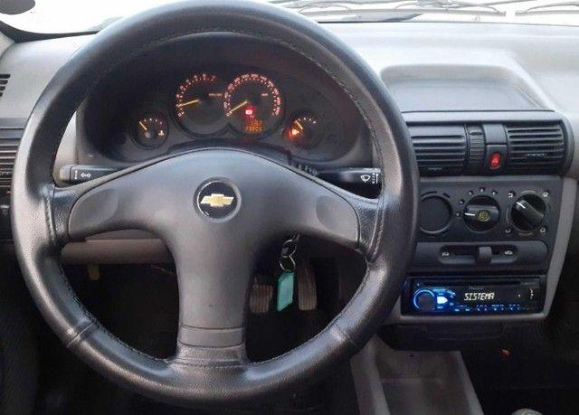 Carro Chevrolet Classic Sedan vhce 2011 preto, ipva pago 2021 - Foto 11