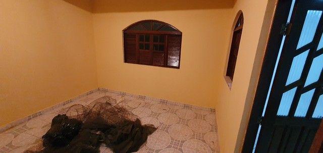 Casa térrea com 2/4, sendo uma suíte em Itapuã, próximo à Av. Dorival Caymmi. - Foto 6