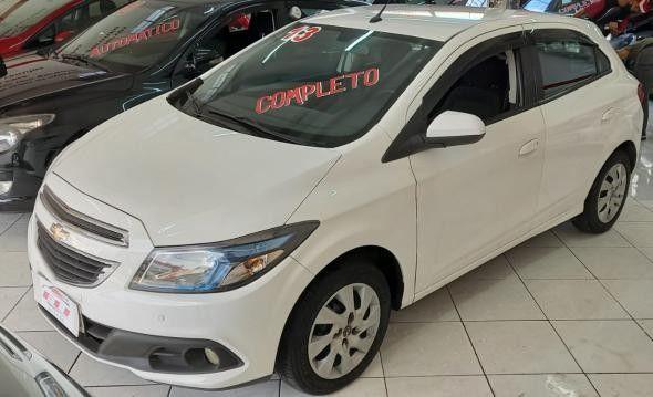 Chevrolet ONIX HATCH LT 1.0 8V FlexPower 5p Mec. 2012/2013 - Foto 3