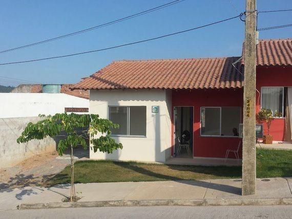 Casas prontas amplo quintal garagem onibus na porta financiamento caixa - Foto 2