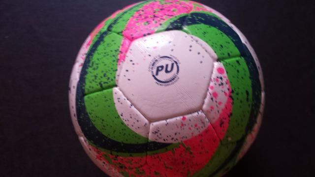 Bola de Futsal Penalty Max 500 - Foto 5