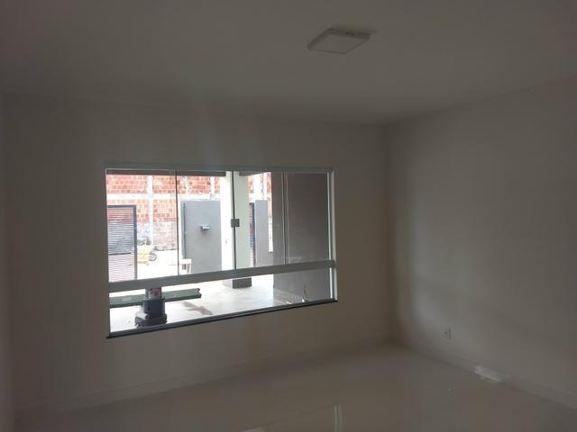 Arniqueiras QD 05 Casa 3 qts 2 suítes fino acabamento condomínio fechado 690mil - Foto 6