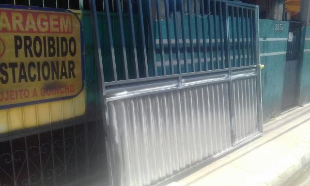 Portão novo zero em chapa de ferro com metalon grosso - Foto 4