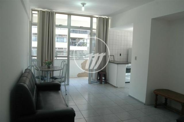 Apartamento aconchegante com 66 m², quarto e sala, 01 vaga na Ponta Verde. REF: A1086 - Foto 2