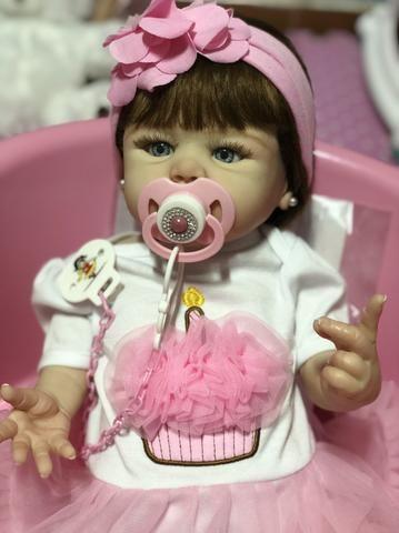 Bebê Reborn hiper realista de silicone parece de verdade - Foto 3