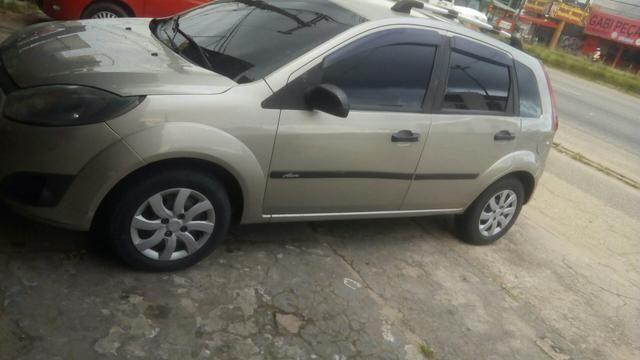 Vendo um carro 2012 2013 bem conservado - Foto 7