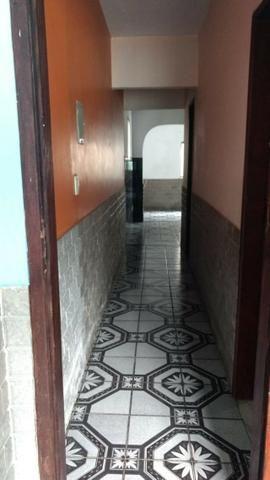 Alugo Casa 02 Q , Rua Maria Mello 215, 100m da Av Abilio Augusto Távora - Foto 10