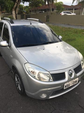 Renault Sandero 1.0 2011 Expression 16V - Foto 3