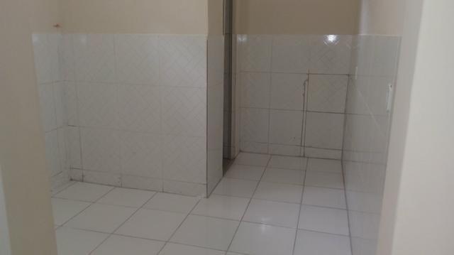 Alugo casa Térreo, R$400,00 ! 1/4, sala , cozinha, banheiroe área de serviço! - Foto 8