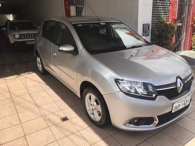Renault Sandero dynamic 1.6 automático