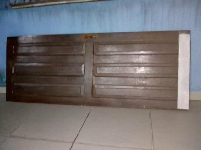 2- Portas de madeira com avarias embaixo pra levar logo ! - Foto 2