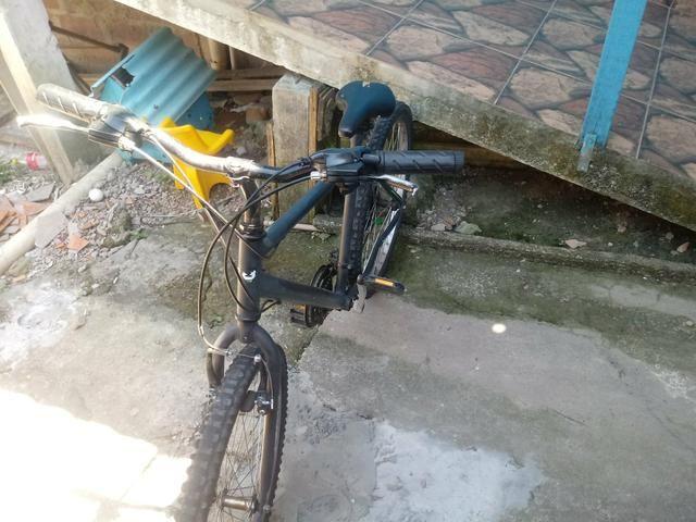 Vende bicicleta 21 marcha. nao entrego - Foto 4
