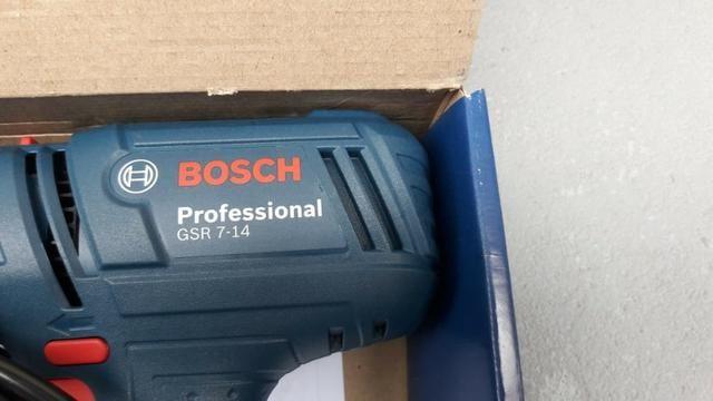 Parafusadeira e Furadeira Profissional Bosch - NOVA - Foto 3