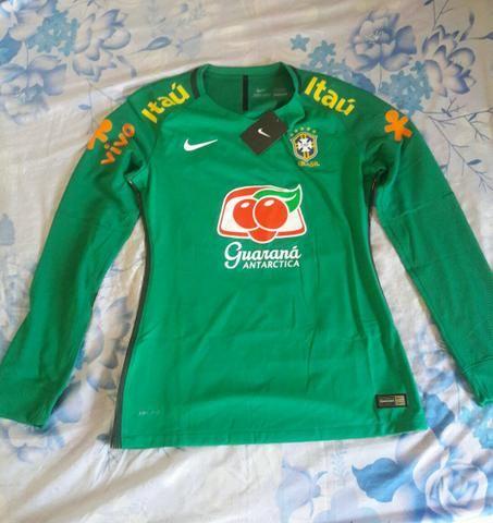 0227c6fd00 R  190. Camisa de treino original feminina manga longa seleção brasileira