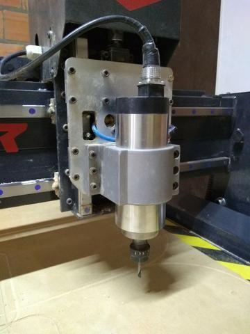 Router CNC spindle 3cv mesa de 1300x1600mm - estado de nova - Foto 3