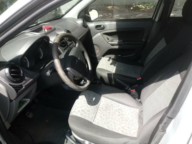 Fiesta SE sedan 1.0 prata 2013\2014 - Foto 3