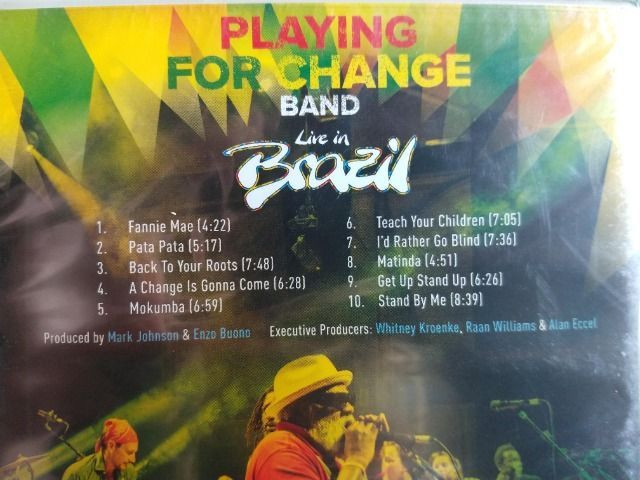 NOVO - DVD Playing For Change Band - Live In Brazil - Foto 3