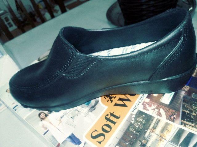 Sapato Soft Works Antiderrapante - Foto 2