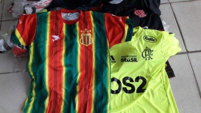 camisas de times  nacionais e  europeias - Foto 3