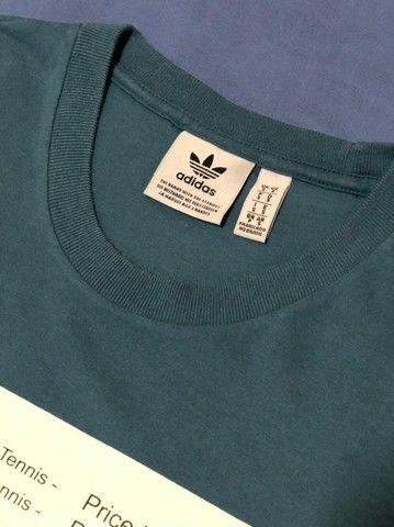 Camiseta Adidas usada - Foto 3