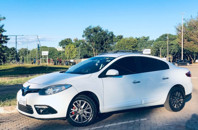 Vendo ou troco Fluence manual  2.0  - Foto 2
