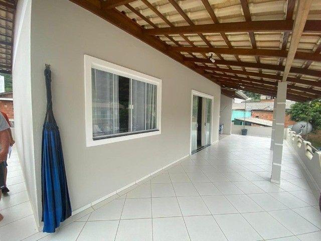 2 lindas casas no terreno bairro tabuleiro casa principal 3 dorm ampla sacada confira - Foto 12