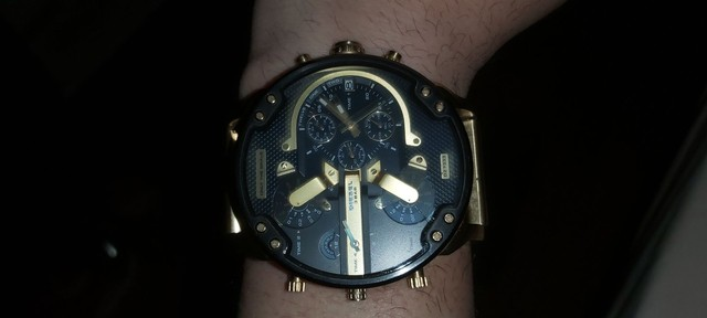 Relógio diesel dz7333 dourado 4 maquinas - Foto 6