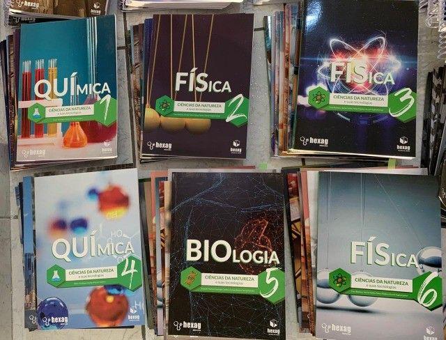 Livros e apostilas cursinho Hexag medicina 2020 - Foto 3