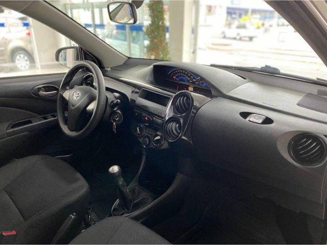 Toyota Etios HB X  - Foto 15