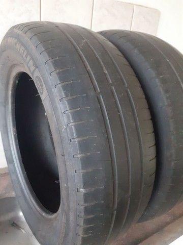 Pneus 195/60 R 15 Michelin meia vida - Foto 3