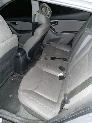 Hyundai ELANTRA GLS 2.0 2012 - Foto 5