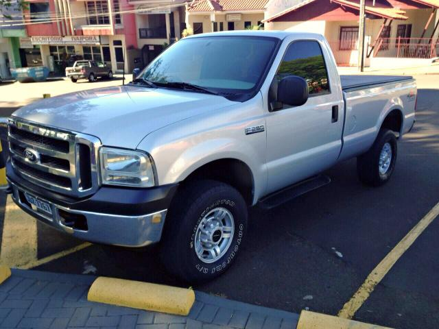FORD F250 4X4 MAX POWER